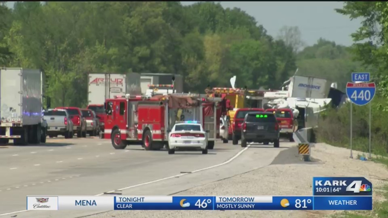 Fatal Wreck Leaves Packages On Interstate